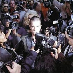 Robbie Williams Life Thru A Lens